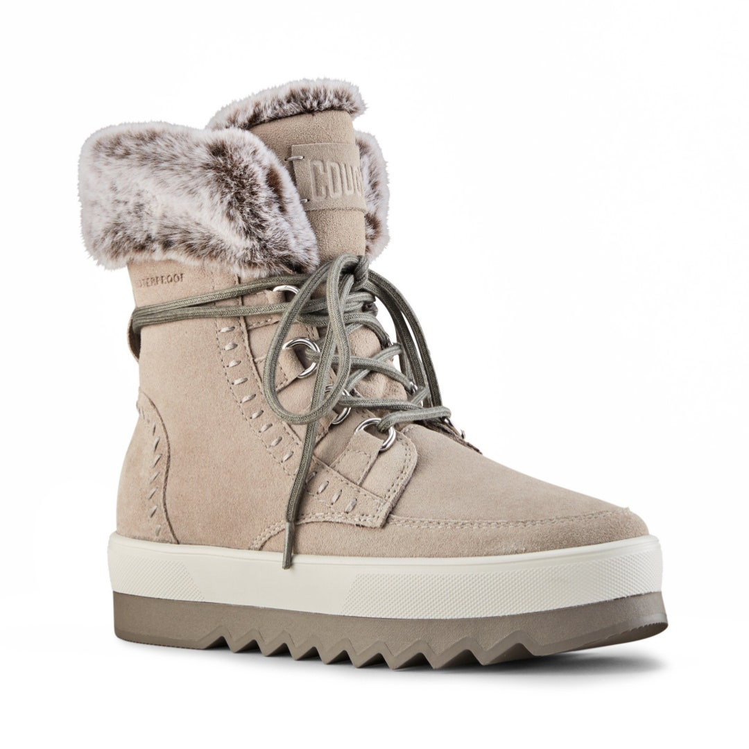 best winter boots: winter boots lined with faux fur