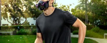 Razer's futuristic Zephyr mask is available today, starting at $99.99