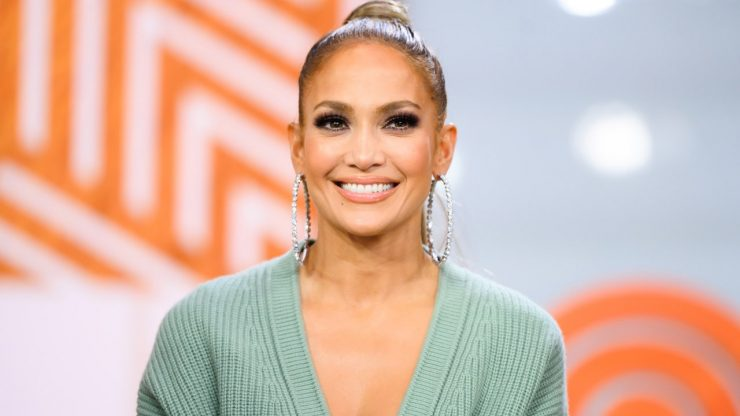 Jennifer Lopez Tried Out Bubblegum Pink Hair, and It's Very Punk Rock